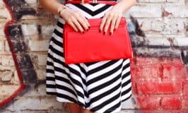 Direct Sales Companies That Sell Purses and Handbags