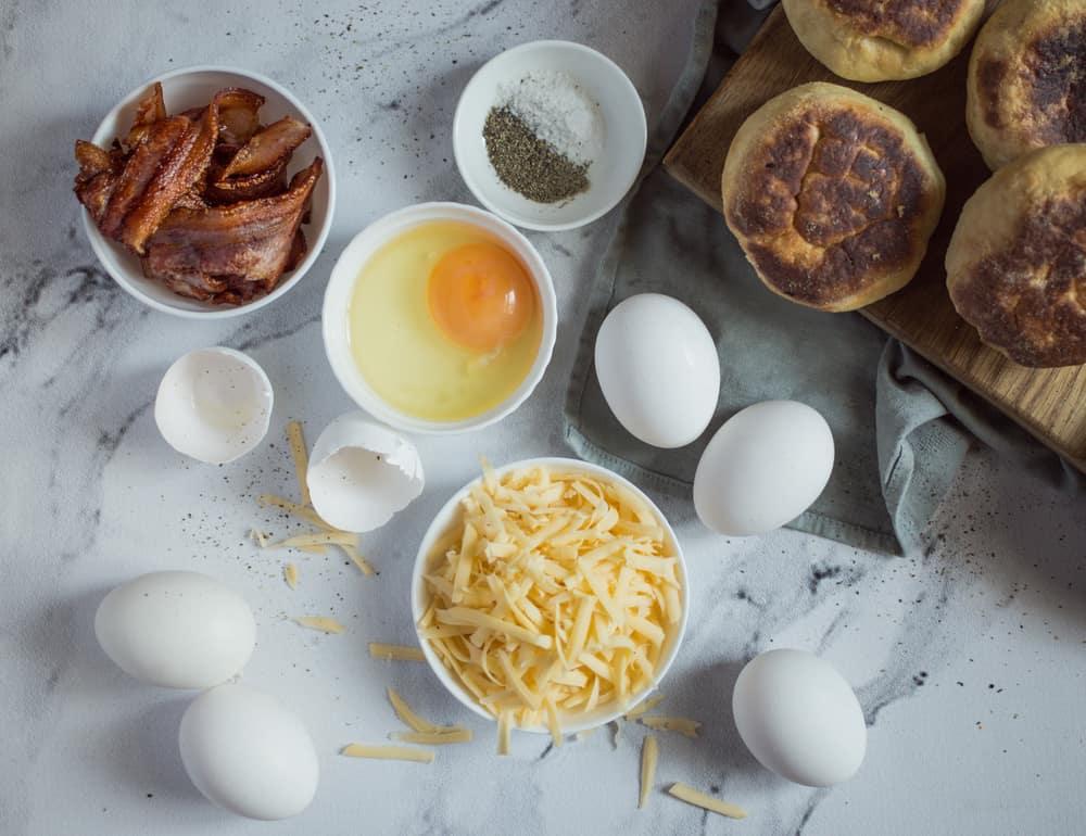 Egg Bacon + Cheese Breakfast Cups Recipe #breakfast #eggs
