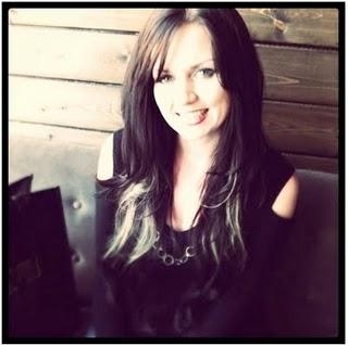 Interview with Elizabeth Anne LeGear – Creator of Purse n' Boots