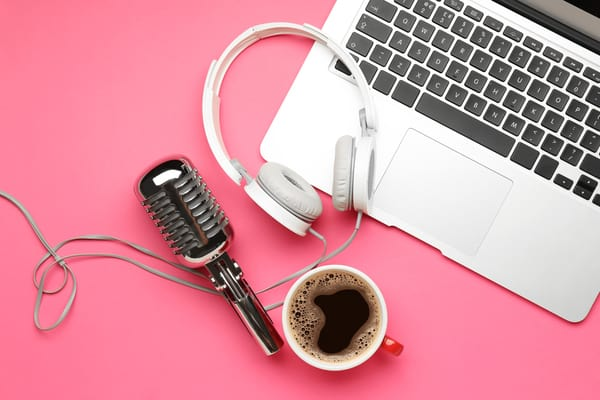 How to Start a Podcast in 6 Seamless Steps