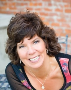 Interview with Work at Home Mom Julie Jones - Direct Sales Speaker & Coach