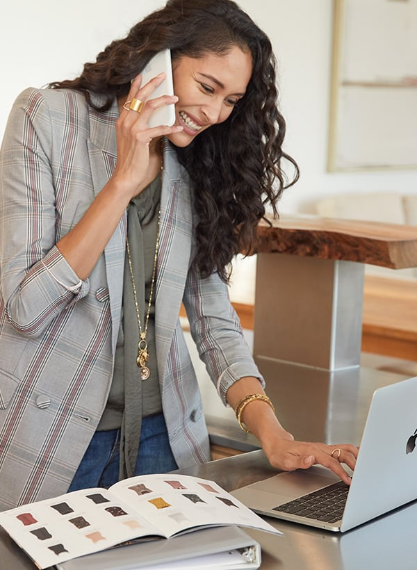 You've heard about the direct sales brand cabi, but what is a cabi stylist? And how much can they earn? Today we're answering all of your questions. via @TheWorkatHomeWoman