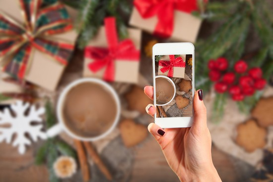 3 Reasons Not to Neglect Your Social Media Outlets During the Holidays #holiday #business #marketing